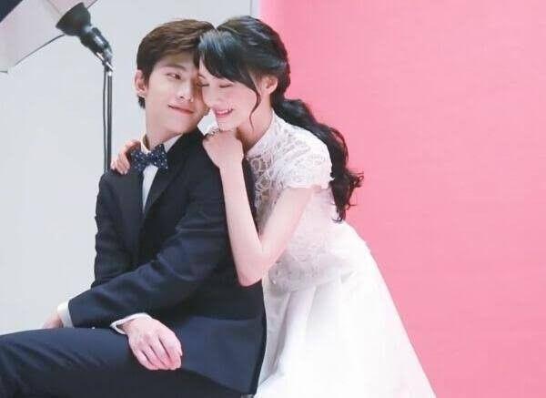 Yang Yang Zheng Shuang In 2020 Yang Yang Zheng Shuang Yang Yang Wedding Dresses