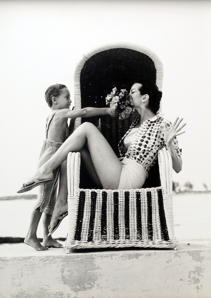 Carmen Dell´Orefice by Norman Parkinson :D