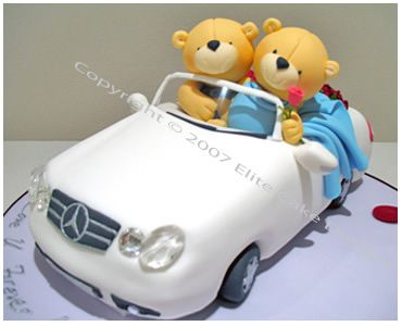 Teddies in a Car Wedding Cake, Elegant Wedding Cakes, Floral Wedding Cakes Sydney, Modern Wedding