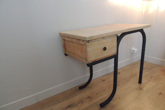 1000 id es sur le th me bureau repeint sur pinterest repeindre les meubles restauration des. Black Bedroom Furniture Sets. Home Design Ideas