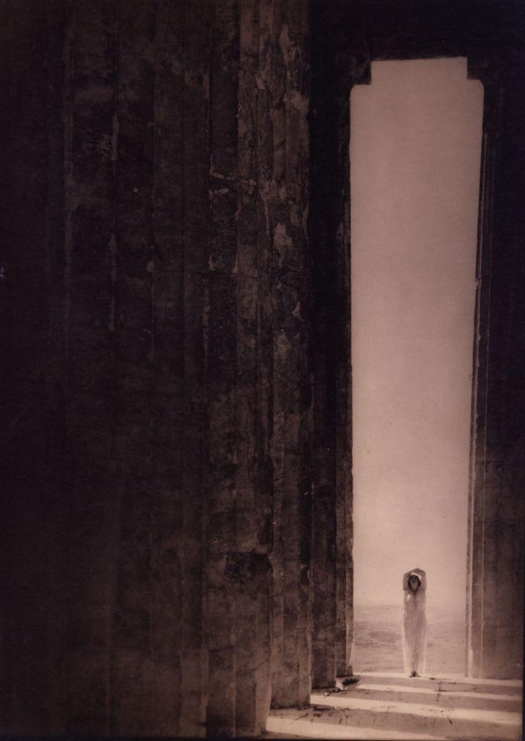 Edward Steichen, Isadora Duncan in the Parthenon, Athens, 1921.