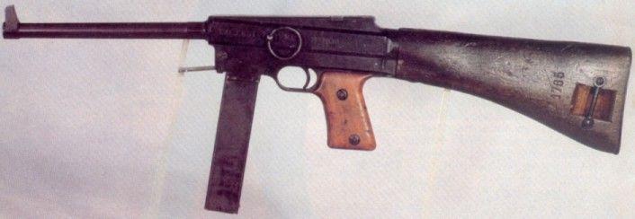 MAS 38 MAS 38 MAS 38 Type pistolet-mitrailleur Année 1938 Longueur totale 623 mm Longueur du canon 224 mm Cartouche 7.65 mm Poids 3.356 kg Vitesse initiale 350 m/s Capacité du chargeur 32 cartouches Cadence de tir 600 coups/min Châtellerault M 1924/29... Pin by Paolo Marzioli