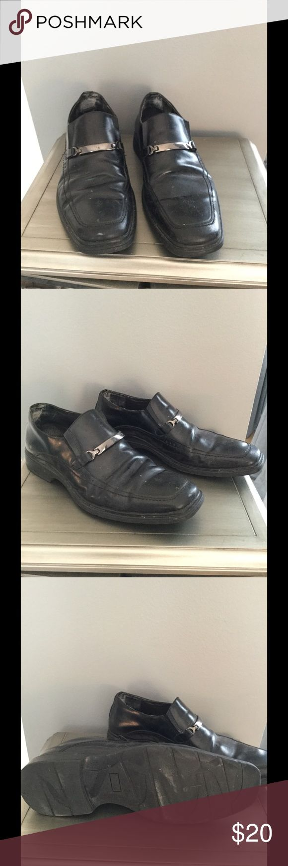 Via Spiga Black Leather Dress Loafers Black Leather Loafers w/ silver accents. Good condition, just needs a good polish. Via Spiga Shoes Loafers & Slip-Ons