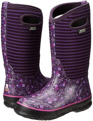 This Classic Flower Stripe winter boot from Bogs® Kids are 100% waterproof and are constructed to be able to handle snow, sleet or rain.  These boots feature durable hand-lasted rubber over a four-way stretch inner bootie with 7mm waterproof Neo-Tech™ insulation.