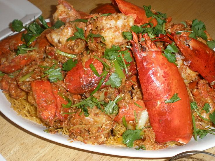 VietFun For All - Mì xào Lobster by MANG_CUT | Vietnamese/ Noodle | Pinterest | Lobsters