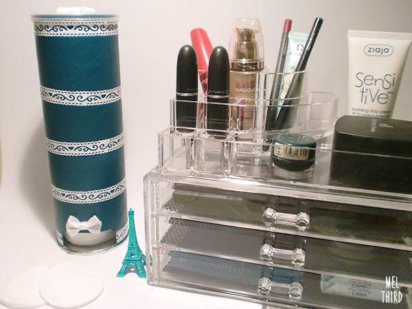 Mel third diy cotton pads dispenser from pringles can - Dispensador de latas ...