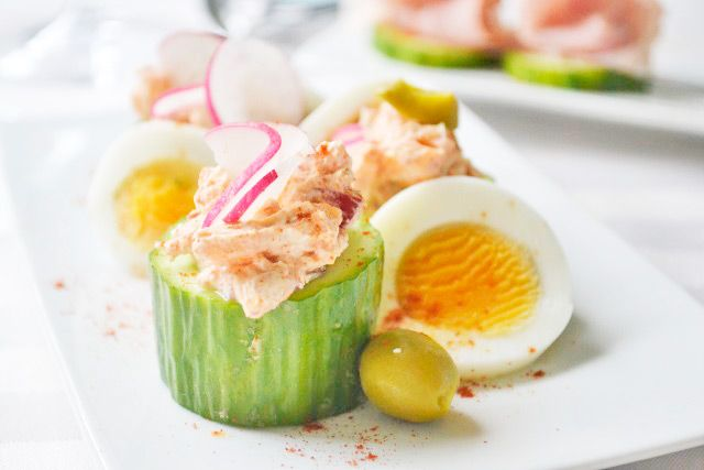 Das Rezept für gefüllte Gurke ist eine kalte Vorspeise oder ein Partyrezept, Ihre Gäste werden es mögen.