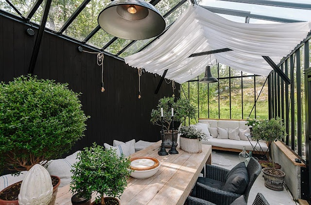 greige: interior design ideas and inspiration for the transitional home by christina fluegge: Clean lines and linen...