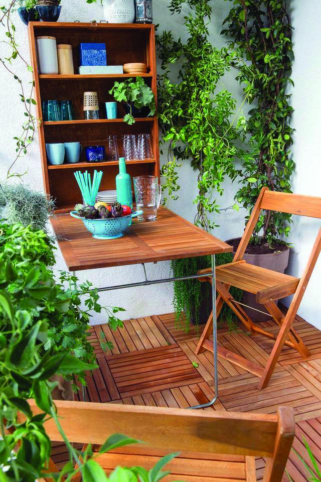 Suitable Very Small Balcony Garden Ideas To Inspire You Small Balcony Furniture Balcony Furniture Set Balcony Furniture