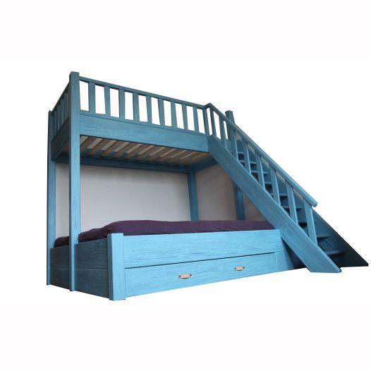 patrová postel s patinou