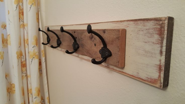 Towel Hook, Rustic Towel Rack, Reclaimed Wood Towel Rack, Towel Rack Bathroom, Farmhouse Decor, Pallet Towel Rack, Coat Rack, Hat Rack by JumpCreekDesigns on Etsy https://www.etsy.com/listing/277850102/towel-hook-rustic-towel-rack-reclaimed