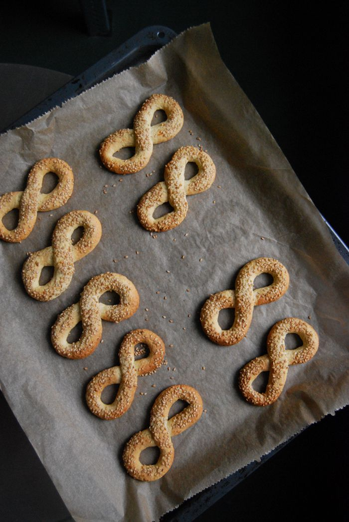 Maltese Ottijiet - buttery tea time cookies with Sesame Seeds, Cloves  and Aniseed ° eat in my kitchen