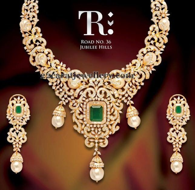 Jewellery Designs: Pearls Studded Breath Taking Diamond Set