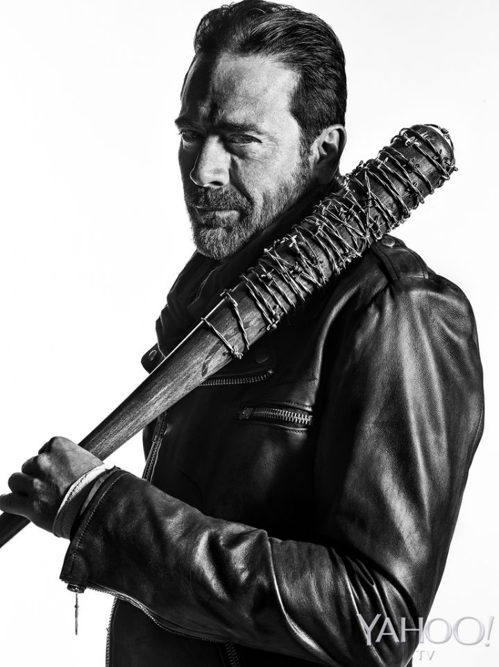 <p>The most noteworthy thing about the photos we're about to show you: of the two <em>Walking Dead</em> characters depicted, only one of them is smiling. And he's the scary one. <br /><br /> (Credit: Frank Ockenfels 3/AMC)</p>