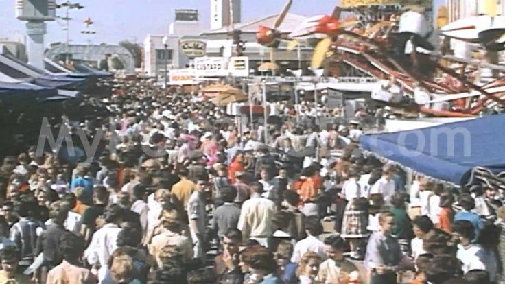 Stock Footage - Early 1960's Texas State Fair / Cotton Bowl / Big Tex - YouTube