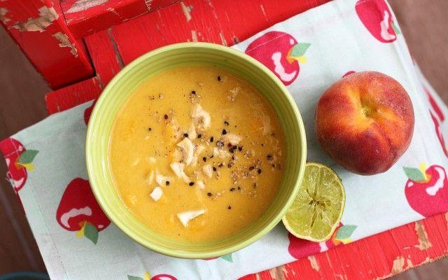 Leves őszibarackból 5 elemesen, a kínai gyógyító konyha szerint. Recept és az alapanyagok bemutatása. Egy leves a jó emésztésért.