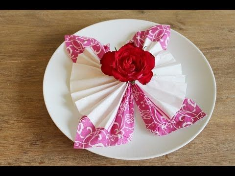 DIY Servietten falten:Schmetterling Tischdeko- Schritt für Schritt Anleitung - YouTube