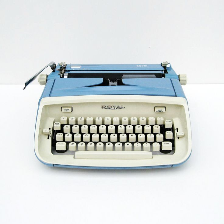 Mid- Century Modern Royal Safari Typewriter