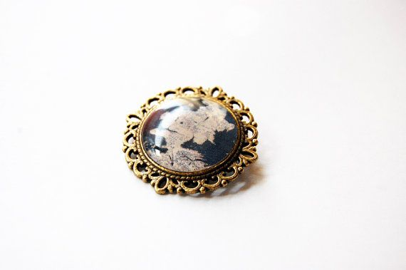 Westeros Map - Game of Thrones Map - Game of Thrones Jewelry - A Song of Ice and Fire - Handmade Vintage Cameo Pin Brooch