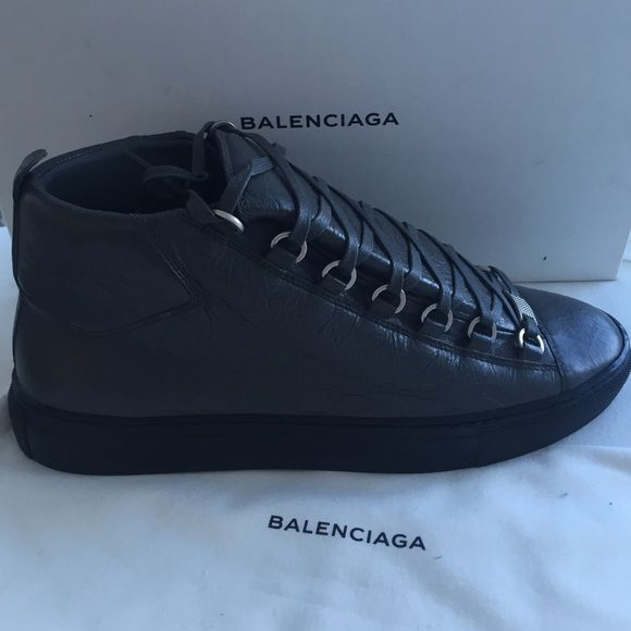 25 best ideas about balenciaga sneakers on pinterest. Black Bedroom Furniture Sets. Home Design Ideas