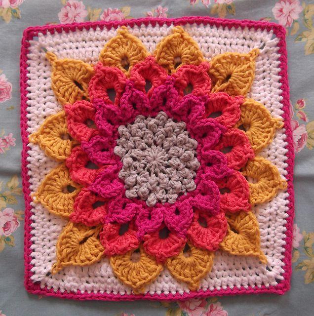 Free Crochet Pattern Crocodile Flower : vivisews The Crocodile Flower Ravelry, Patterns and Squares