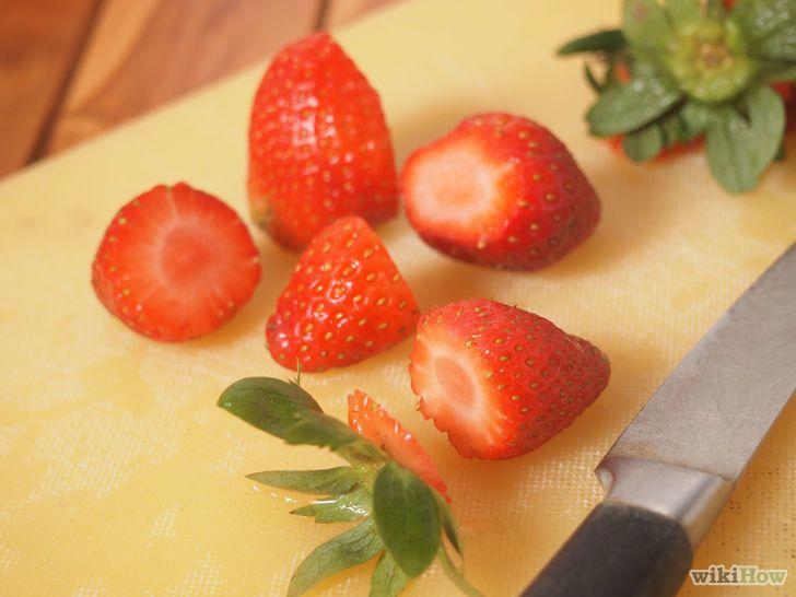 7 formas de congelar morango, desde cru até em purê