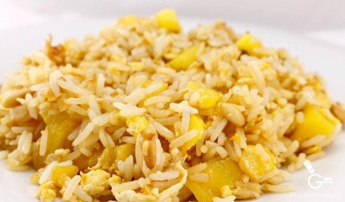 Receta de Arroz frito con maiz, piña y piñones - Gastronomía