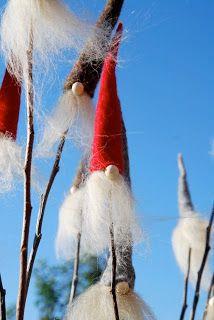 Hier in der Kramwerkstatt wird grad ganz fleißig gefilzt, denn so langsam rücken der 1. Advent und somit auch die Mühlenweihnacht (ein klein...