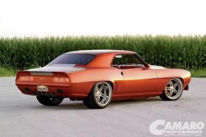 Just like last year, there was no formula in picking the Best Ten Camaros of 2009 (plus 0ne) just good old-fashioned editorial subjectivity as science takes a back seat. - Camaro Performers Magazine