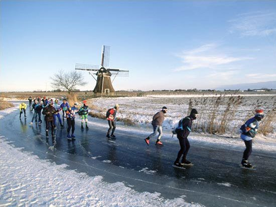 Ice skating in Friesland