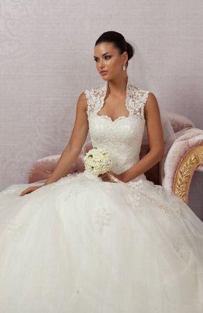 النعومة والرقة تميز فساتين الزفاف التركية للعروس 2014 Turkish wedding dresses