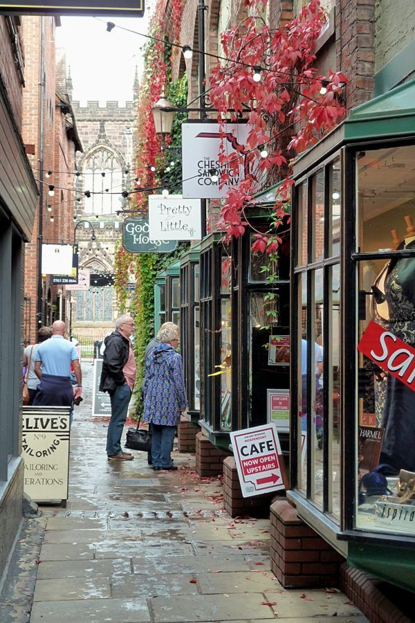 Ah Chester, the city I've loved since I was a little girl. So much so I still live 9 miles out and went to University there. --- Alley in Chester City Centre, Cheshire