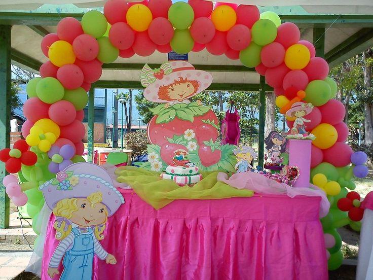 Decoraci n fiestas infantiles mesas de fantas a bsf 1 - Decoracion mesa salon ...