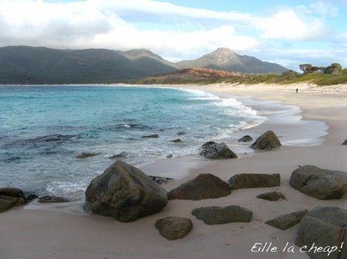 Un essentiel en Tasmanie : Wineglass Bay (via le guide pour voyageurs à petit budget)