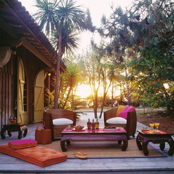 wish I could understand this blog... voyage-le-salon-de-jardin-opium-maisons-du-monde-2