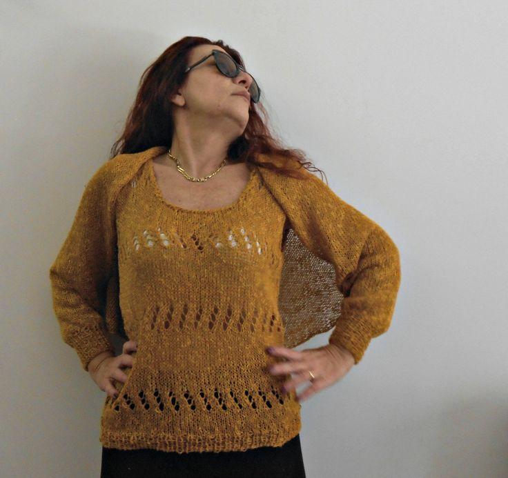 Twin set estivo canotta e scialle, fatto a mano in lino e cotone, maglia estiva giallo oro, canottiera a maglia by cosediisa on Etsy #cosediisa #knitting #twinset  #knittanktop