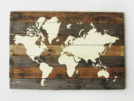 "(How To) World Map On Pallet Wood… ""Then I can color in everywhere I travel to! :D"""
