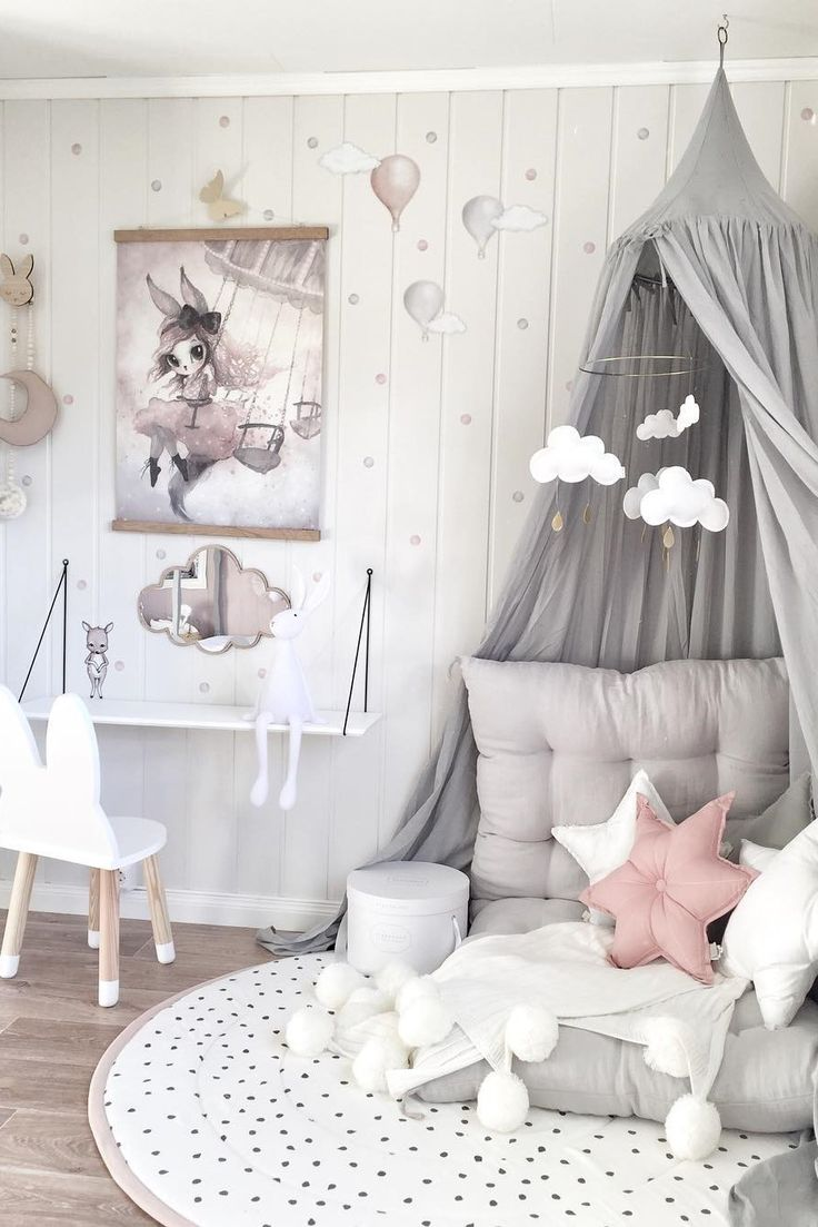 Inspiration from instagram - @mamma.line - pastel girls room ideas, pink and grey girls room design, girls kidsroom, kidsroom decor