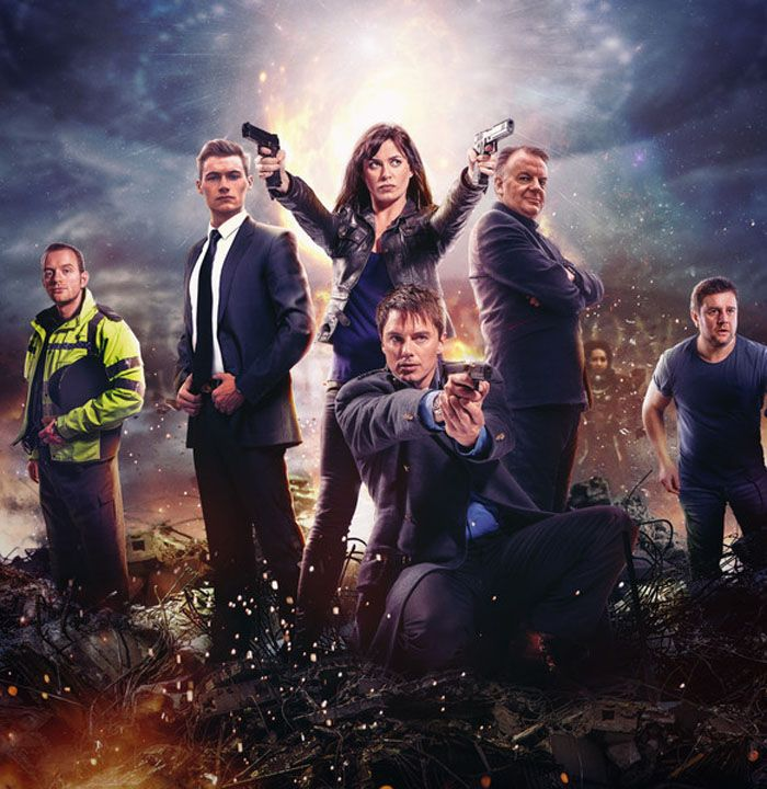'Torchwood' Season 5 preview: First look at the new team including con alum Eve Myles and John Barrowman