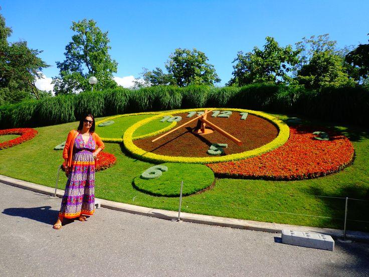 Reloj Floral Ginebra-Fotografía: Nancy Ferrada