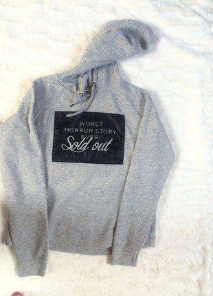 Kup mój przedmiot na #vintedpl http://www.vinted.pl/damska-odziez/bluzy/17860085-bsk-bluza-z-bershki-z-napisem-i-kapturem-stan-idealny-rozmiar-m-wymiary