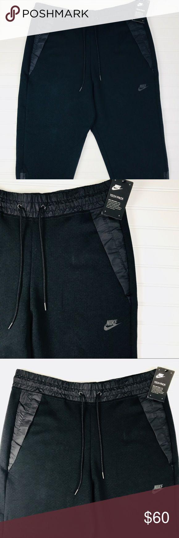 Nike Sportswear Tech Pack Women's Capri Pants Size XL  Black  Style 831711-010 Nike Pants Ankle & Cropped