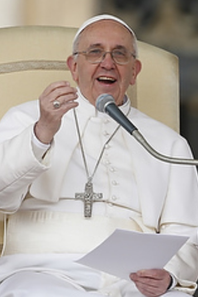 Papa Francesco! Can I call him Papa if I'm not catholic?! Can't wait to see him in 43 days! :)