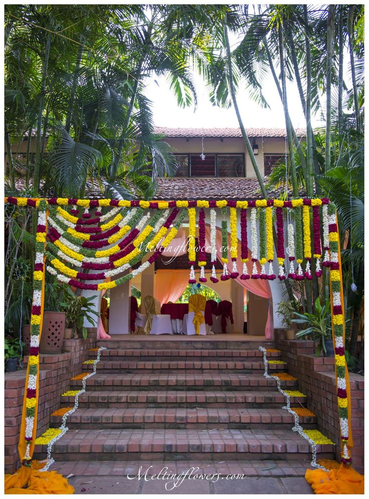 The 5 Best Entrance Decorations That Will Make You Want To Get Married Right Away