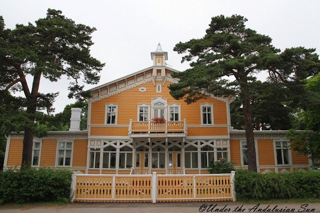 One of those lace villas in Hanko, Finland. Hanko is a very beautiful and windy little town. It's the most southern point in Finland. There are lot of beautiful lace villas along the beach path.