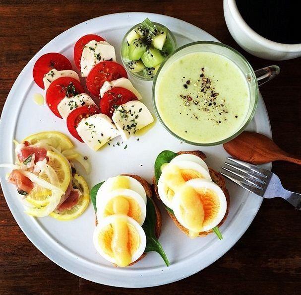 毎日朝が待ち遠しくなるような、センス抜群の朝ごはん。こんなにオシャレな朝ごはんを作っているのは一体どんな人なのでしょうか。