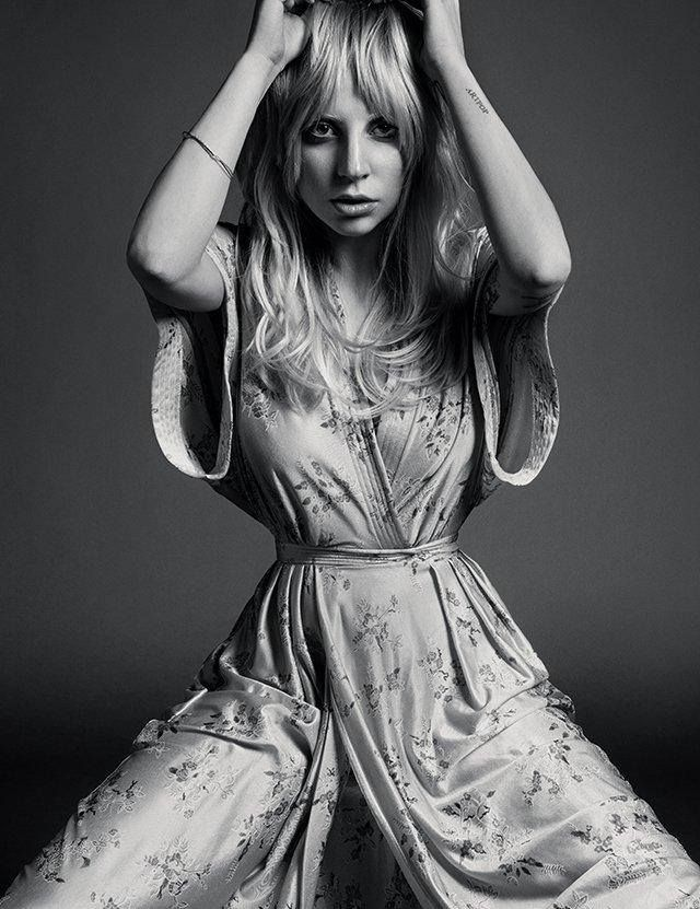 Felismeritek az énekesnőt? #fashionfave #fashion #magazine #photoshoot #ladygaga #singer