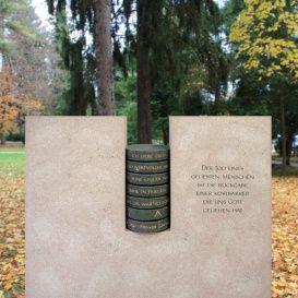 Besonderen Grabstein vom Bildhauer kaufen - Spello