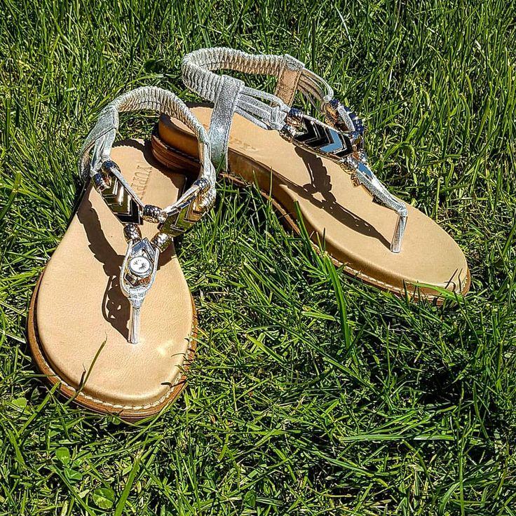60 отметок «Нравится», 6 комментариев — Divino , Лима (@divino_kaliningrad) в Instagram: «💅👣👙👗#divino#lima#shoes#обувь…»