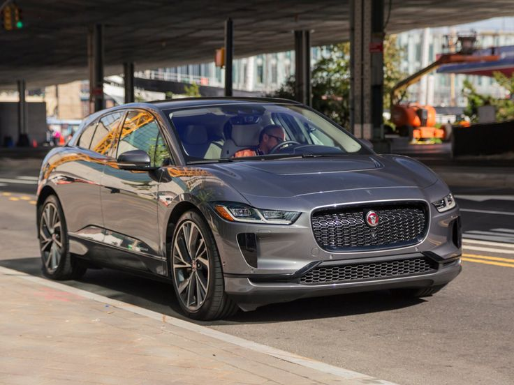 Jaguar S Electric I Pace Suv Was Just Named The Best Car Of 2019